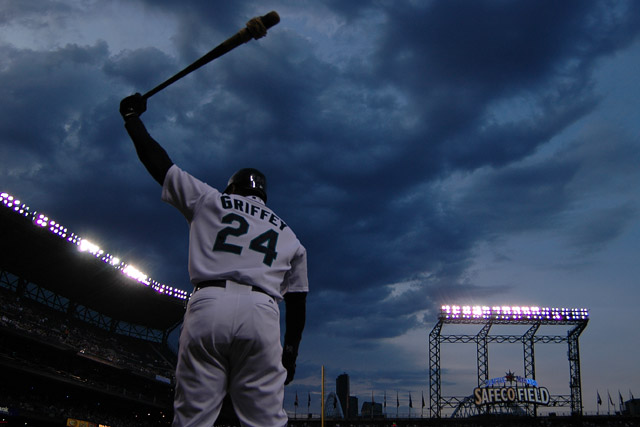 danielberman-seattlemariners-ken-griffey-jr-vs-texas-rangers-july-11-2009_1