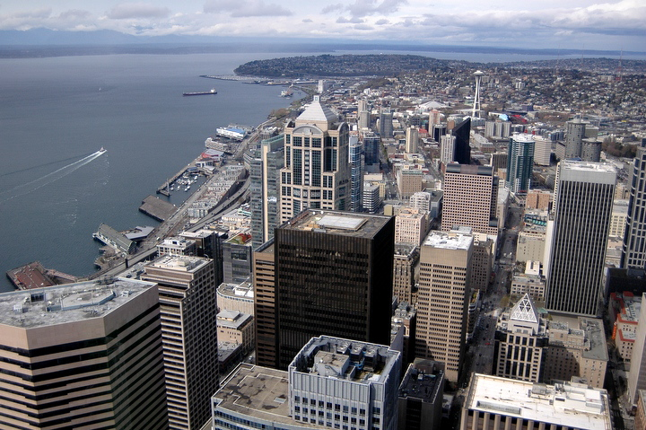 Aerial panoramic photos of downtown Seattle skyline, Space Needle, Elliott Bay, Olympic Mountains, Seahawks Stadium, Qwest Field, Pioneer Square, South Seattle, downtown Seattle waterfront. Photo by Daniel Berman/www.bermanphotos.com
