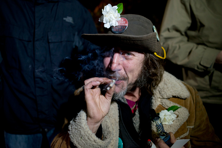 washington-legalizes-marijuana-photos_05