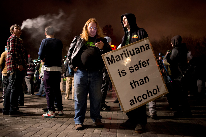 washington-legalizes-marijuana_seattle-photos_04
