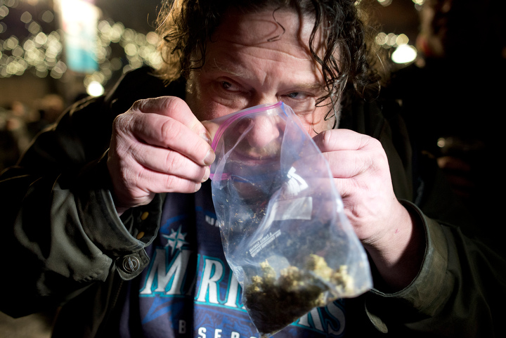 washington-legalizes-marijuana_seattle-photos_09