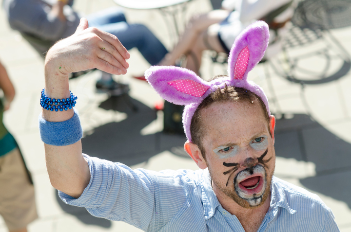 It's time for the dozens dressed like bunnies to continue on their cross-town pub crawl during Bunnycon 2013 in Seattle Saturday March 30, 2013.